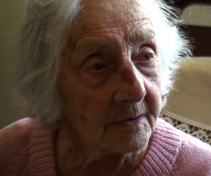 Dory Bowles, aged 102, Cape Town September 2010